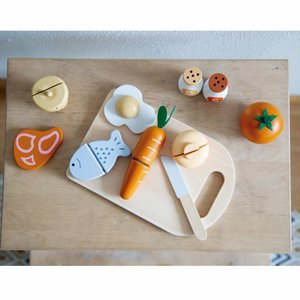 Wooden Chopping Board Whit Food