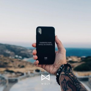 Wolf Cover IPhone