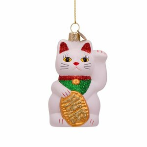 Lucky cat wit ornament