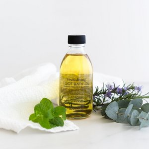 Revitalising Foot Bath Oil 200ml
