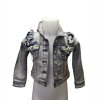 Le chic jeans jacket pearls